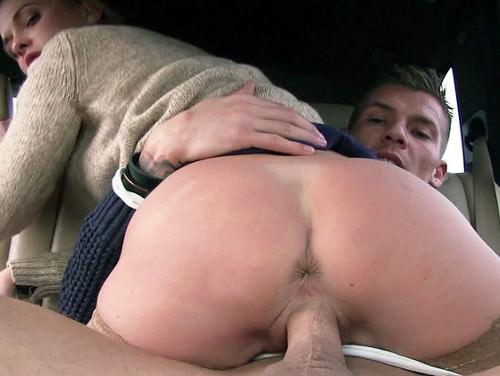 Imagem bronhatube Novinha fodendo dentro de um carro com um rapaz