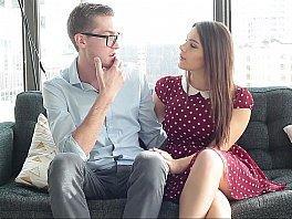 Imagem Xvideos BR Fodeu com a namorada pela primeira vez