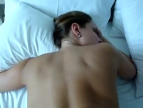 Imagem Bocetas Esposa com a bunda aberta mostrando tudo