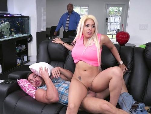 Imagem Tube porno Loirinha casada fodendo com seu amante